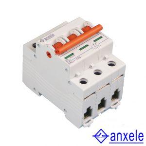 EKD1-100 3P Islation Switch